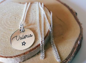 flower-girl-gift-ideas-necklace